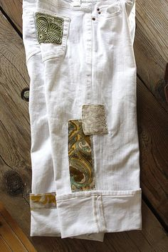 Handpatched and Embroidered Upcycled White Old Navy Denim Boyfriend Capris | Size 8 on Etsy, $75.00