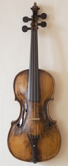 Wolfgang Amadeus Mozart's childhood violin, made in the The violin, between ¼ and ½ size, was his instrument during his career as a child prodigy. Mozart performed as young as age 3 and by ages. Violin Online, Child Prodigy, In Memory Of Dad, Central Europe, World History, Music Is Life, Orchestra, Musical Instruments, Old Photos