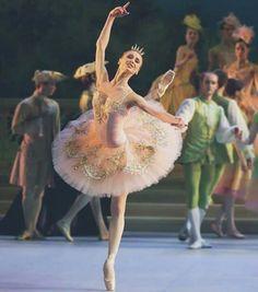 "<<Svetlana Zakharova as Aurora in ""The Sleeping Beauty"">>"