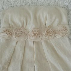 Papaya StrapLess Dress Ivory Strapless Papaya Dress, with beautiful roses detail  85 % Polyester 15% Cotton Papaya Dresses Strapless