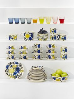 Campaign, Plates, Content, Medium, Tableware, Board, Licence Plates, Dishes, Dinnerware