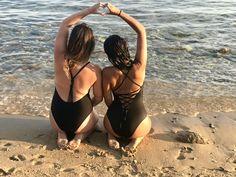 Summer mood friends sea sand love heart and I'm feeling good