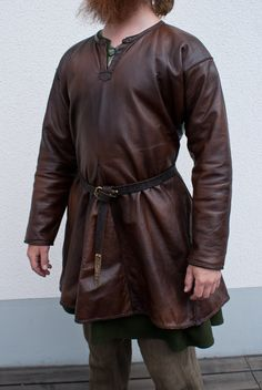 Hand sewn viking age leather tunic (4 wedges) by Henrik Nordholm