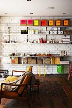:: Shop Dora — Besøg Dora på Værnedamsvej ::