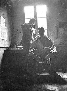 An army barber gives a trim - WWI