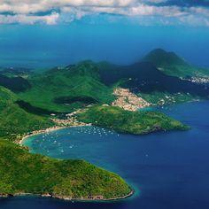 ✈️ | Martinique 2014  #Martinique #summer #airplane #moutains #dehaze #beach