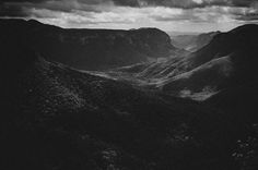 Margaret Lansink (@margaretlansink) took this photograph at Blue Mountains National Park in #NewSouthWales #Australia.The picture which she titles On Top Of will be printed by the experts at @skink_ink and included in The Print Swap. As a winner of @theprintswap Lansink will give her print to another photographer somewhere in the world. In return she will receive a surprise print from someone else. The Print Swap is open to all photographers. To submit images via Instagram tag them…