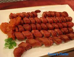 Spirale geschnitten Frankfurter Würstchen mit Curry Ketchup