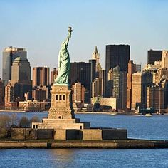 New York City. Statue Of Liberty-- definitely on my places I want to go