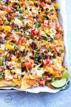 Nachos Supreme, Healthy Recipes, Healthy Meals, Cooking Recipes, Healthy Kids, Healthy Nachos, Healthy Nutrition, Veggie Nachos, Bbq Nachos