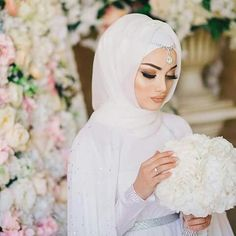 Fashion Trend: 50 Of the most beautiful Wedding Dresses for Veiled Brides - Fashion Trend: 50 Of the most beautiful Wedding Dresses for Veiled Brides wedding dress collection simple chiffon hijab Muslimah Wedding Dress, Hijab Style Dress, Muslim Brides, Pakistani Wedding Dresses, Wedding Gowns, Hijab Chic, Wedding Cakes, Muslim Couples, Muslim Girls