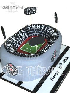 Stadium cake by Caketherapie