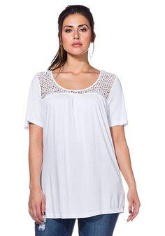 T-Shirt mit Häkelspitze und Rundhalsauschnitt.