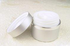cream1192757