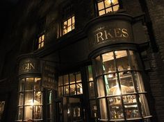 You'll also find the Hand of Glory from Chamber of Secrets. | 17 Hidden Gems Harry Potter Fans Should Look For In Diagon Alley At Universal Orlando