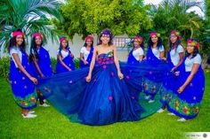 African Traditional Wedding Dress, Traditional Wedding Attire, African Fashion Dresses, African Dress, Tsonga Traditional Dresses, Sparkle Wedding, African Style, Maids, Weeding
