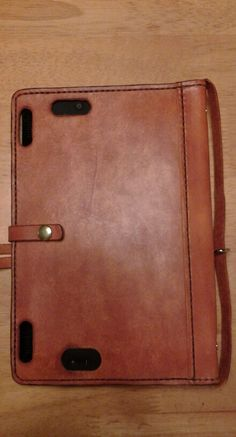 Kindle cover for Alison. (Back)  by Beau Cottrell - Beauvine Leather