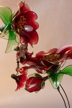 saion.arrow(@saionarrow)さん   Twitter Wire Flowers, Cloth Flowers, Kanzashi Flowers, Plastic Flowers, Faux Flowers, Nail Polish Flowers, Nail Polish Jewelry, Nail Polish Crafts, Dyi Crafts