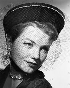 8x10 Print Anne Baxter Beautiful Portrait #2017875   eBay Golden Age Of Hollywood, Hollywood Stars, Classic Hollywood, Old Hollywood, Laraine Day, In The Heights Movie, Divas, Anne Baxter, Classic Actresses
