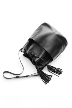 "SALE------------Black Leather Bucket Bag, Fringe Leather Bag, Shoulder Purse, Silky Italian Leather ""Frankie Bucket Bag"""