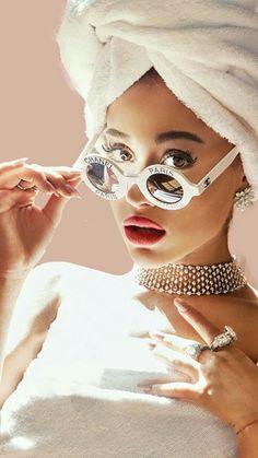 Ariana Grande's pretty brown eyes