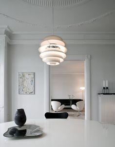 La suspension Snowball de Poul Henningsen est à retrouver sur Kolectiv Design