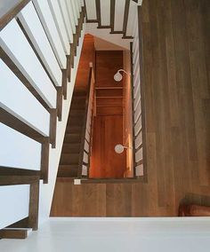 FGY: Fergus Garber Young | Portfolio | New House | Atherton Residence  - Stairs without rounding