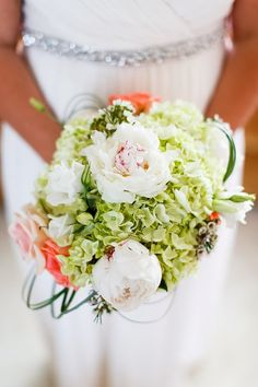 Tidewater and Tulle | A Hampton Roads Virginia Wedding Inspiration Blog- Rob Garland Photographers feature