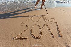 happy new year 2017 images Sweet Love Quotes, Wish Quotes, Love Quotes For Him, Love Is Sweet, New Year's Eve Celebrations, New Year Celebration, Merry Christmas Images, Christmas And New Year, New Year 2017 Images