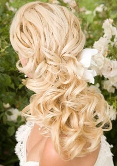 Curly Wedding Day Locks, Wedding Hair & Beauty Photos by Hair Comes The Bride
