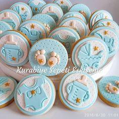 """Aramıza hoş geldin Hidayet Ege 😇 Halayım ben @nkaragonlu @mehmetnadir 😍 """"Fiyat bilgisi""""yorumları gözden kaçtığından dolayı ürün yoruma… Fondant Cookies, Fondant Toppers, Cupcake Cookies, Baby Shower Cupcakes, Cute Cupcakes, Shower Cakes, Bear Cookies, Cute Cookies, Deco Baby Shower"""