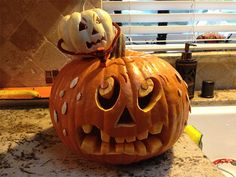 """Mean Pumpkin vs. Nice Pumpkin"" by Micah P., La Habra Heights, CA ""Mean Pumpkin vs. Nice Pumpkin"" by Micah P., La Habra Heights, CA Pumpkin Carving Tools, Scary Pumpkin Carving, Pumpkin Carving Contest, Amazing Pumpkin Carving, Pumpkin Art, Small Pumpkin Carving Ideas, Pumpkin Ideas, Casa Halloween, Halloween Pumpkin Designs"