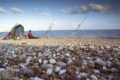 21 tips to make you a better beach angler — Sea Angler Surf Fishing, Saltwater Fishing, Fishing Tips, Fishing Boats, Camping In Ohio, Camping World, Outdoor And Country, Fishing Supplies, Fish Camp