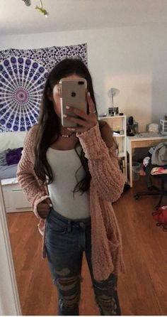 30 Mode Teenage cool und modisch aussehen # 30 Fashion Teenage To Look Cool And Fa Outfit Ideas For Teen Girls, Teenage Outfits, Teen Fashion Outfits, College Outfits, Look Fashion, Trendy Outfits, Girl Outfits, Dress Fashion, Ladies Outfits