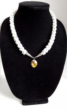 Beautiful White Magatama Wedding Necklace von BeadsandBraidsbyMike