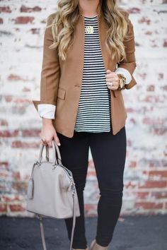 How to style a Blazer for fall work outfit Casual Work Outfits, Work Casual, Fall Work Outfits, Fall Teacher Outfits, Women Fall Outfits, Casual Work Outfit Winter, Preppy Work Outfit, Comfy Work Outfit, Casual Office Attire