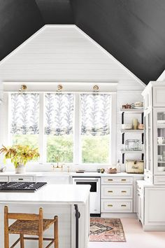 Angled Accents - These Painted Ceilings Are Giving Us Life - Photos
