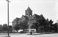 The old Santa Ana Courthouse