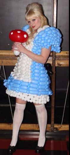 Balloon Alice in wonderland dress