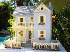 Dollhouses by Robin Carey: East Main street Victorian Dollhouse