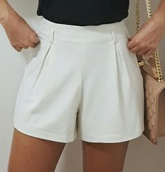 Bermuda Simple Outfits, Casual Outfits, Fashion Outfits, Nice Dresses, Short Dresses, Formal Shorts, Office Outfits, Summer Shorts, Casual Looks