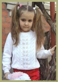 Озорные петельки: Пуловер для девочки
