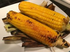 pannocchie grigliate su BBQ #pannocchiegrigliate #grigliate #pannocchie Bbq, Vegetables, Life, Food, Barbecue, Barrel Smoker, Essen, Vegetable Recipes, Meals
