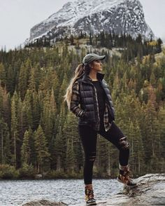 Winter workout outfit for women cute hiking outfit, mountain hiking outfit, Winter Hiking, Winter Camping, Cute Hiking Outfit, Cute Camping Outfits, Hiking Boots Outfit, Womens Hiking Outfits, Camping Clothes For Women, Duck Boots Outfit, Summer Hiking Outfit