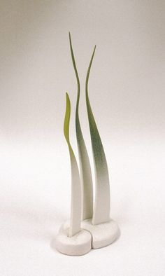 Ceramic grass clay art pottery artist Alberto Bustos