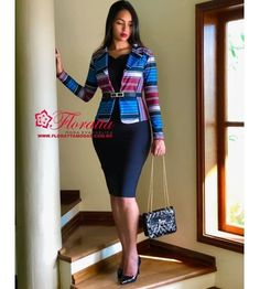 How To Look Classic Like Serwaa Amihere For Plus Size & Curvy Ladies Casual Work Outfits Short African Dresses, Latest African Fashion Dresses, African Print Fashion, Corporate Attire, Business Casual Attire, Classy Work Outfits, Office Outfits, Church Outfits, Work Casual