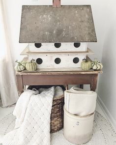 Shabby Chic Decor Easy Tips Tricks - Creatively shabby decorating tips to build a truly cozy diy shabby chic decor rustic farmhouse Scintillatingtips posted on this not so shabby day 20190218 , note reference 7743498798 Shabby Chic Furniture, Shabby Chic Decor, Farmhouse Birdhouses, Diy Home Decor, Room Decor, Farmhouse Chic, Bird Houses, Interior Decorating, Decorating Tips