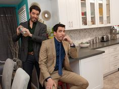 It's Five O'Clock Somewhere - Go Behind the Scenes With Property Brothers Drew and Jonathan Scott on HGTV