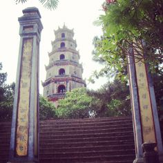 Thien Mu Pagoda, Hue City, Vietnam  Please like, repin or follow us on Pinterest to have more interesting things. Thanks.  http://hoianfoodtour.com/ #ThienMupagoda