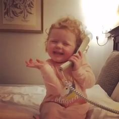 Toddlers hilarious animated phone call with imaginary friend is best video youll see all day Funny Videos, Funny Memes, Hilarious, Funny Jokes For Kids, Baby Smiles, Kids Homework, Cute Gif, Happy Kids, Just For Laughs